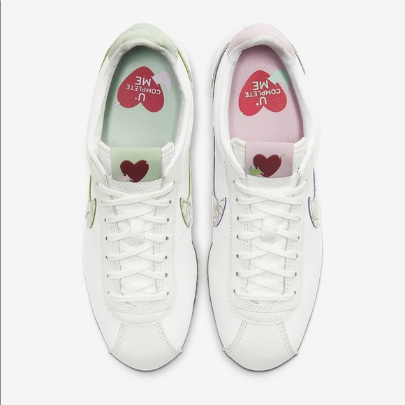 Women's Shoe Nike Classic Cortez SE